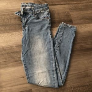 Old Navy super skinny mid rise size 2 light denim
